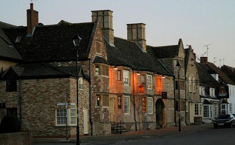 The Bell Inn, Stilton © Stuart Logan/Geograph commons