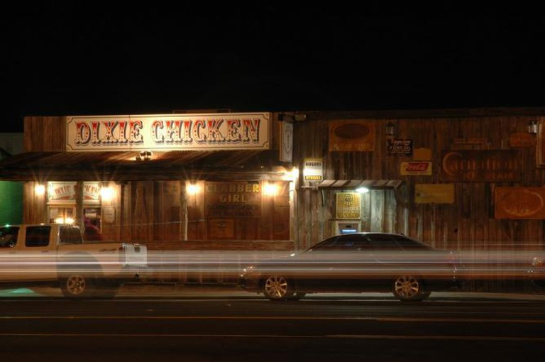Dixie Chicken | © Clint Vigil/Flickr