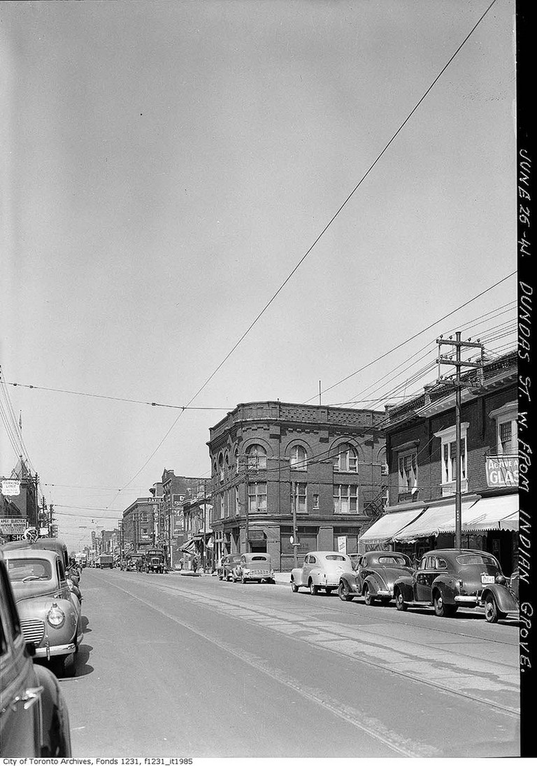 Dundas Street, west from Indian Grove | © Toronto History/Flickr