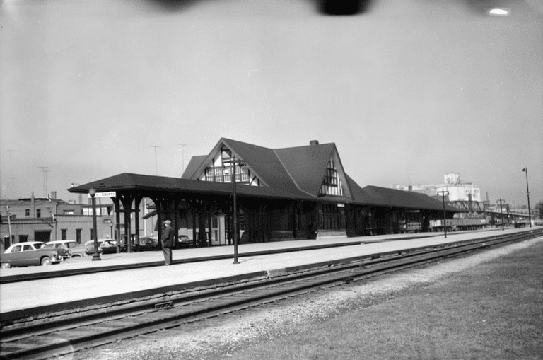 West Toronto Railway Station (C.P.R.), Old Weston Road, e. side, n. of Dundas St. W. | Public Domain/Toronto Reference Library