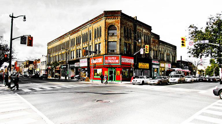 Keele Dundas Junction Toronto October 2011 | © Tyler. Chris Tyler/Wikicommons
