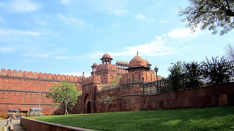 Delhi Gate of the Red Fort in 2013/©Arjuncm3/WikiCommons