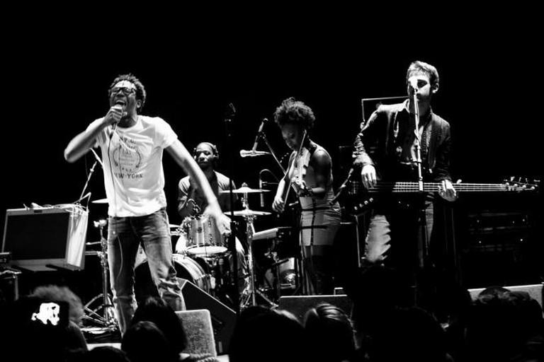 Childish Gambino Performing at Bowery Ballrom | © MemphistoPuck/WikiCommons