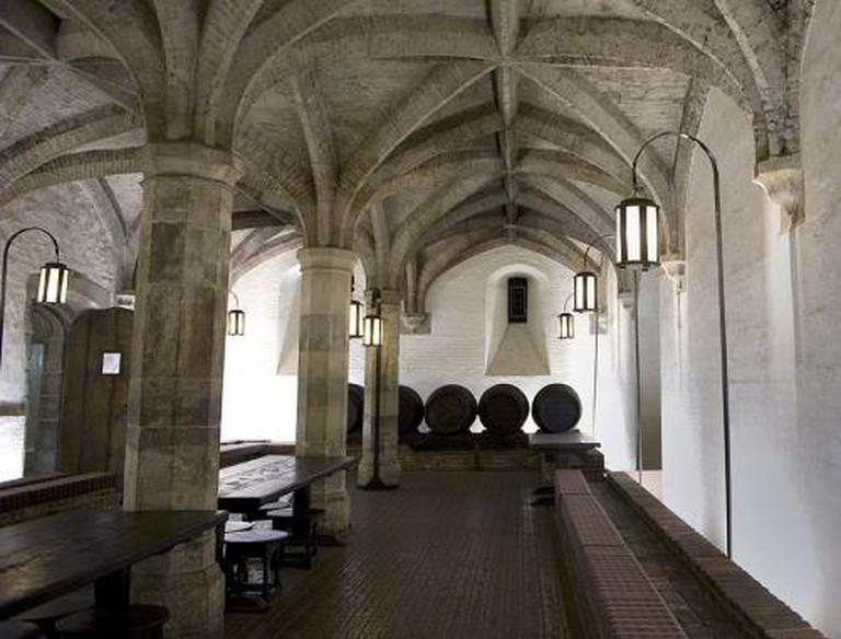 Henry VIII Wine Cellar ©Amanda Reynolds_Wiki Commons .jpg