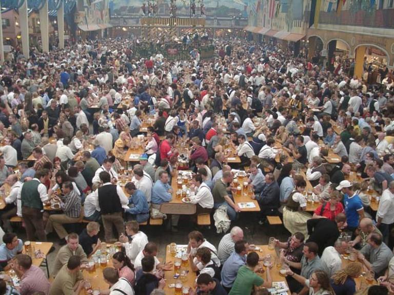 Oktoberfest   © uk:Користувач:Gutsul/WikiCommons