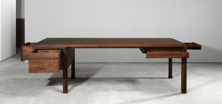 ANHUI Emperor Desk by Banmoo