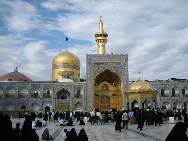 Imam Reza Shrine, Mashad, Iran   © Iahsan/ WikiCommons