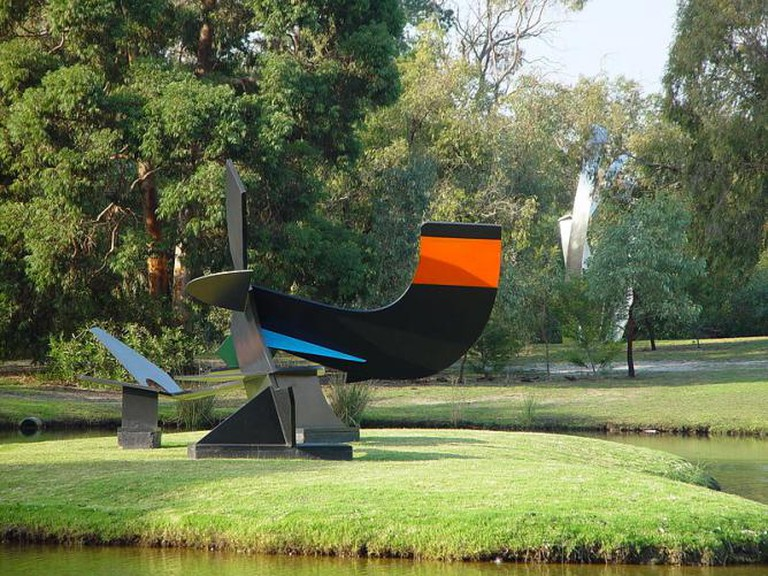 Inge King, Island Sculpture