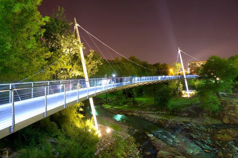 Liberty Bridge, Greenvile | © Rosales + Partners/WikiCommons