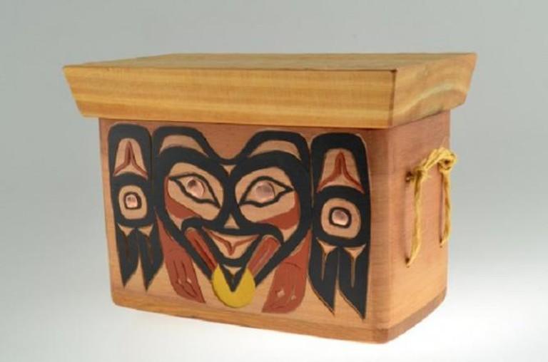 Raven Stealing the Sun Cedar Box Timber Vavalis Tlingit