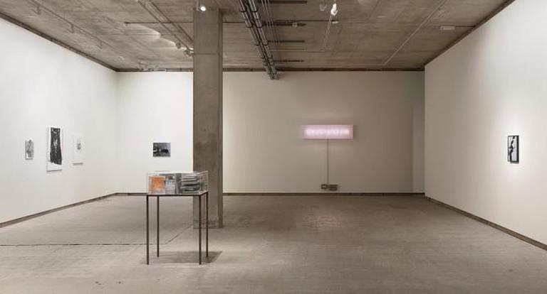 Mirror Exhibition | © Alex Delfanne 2014, Courtesy Frith Street Gallery, London