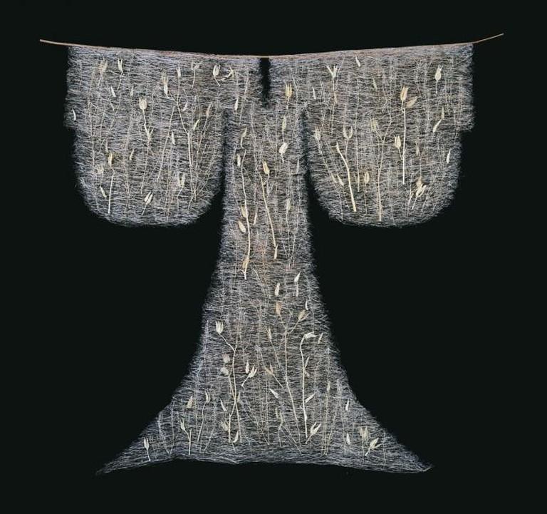 """Qing Qing 拷贝出土文物— """"Artificial Artifact-Han"""""""