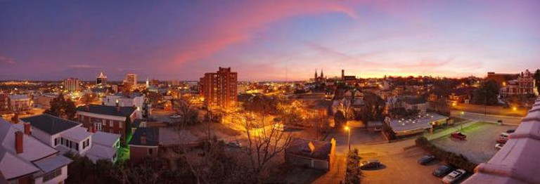 Macon skyline at dusk | © Alexdi/WikiCommons