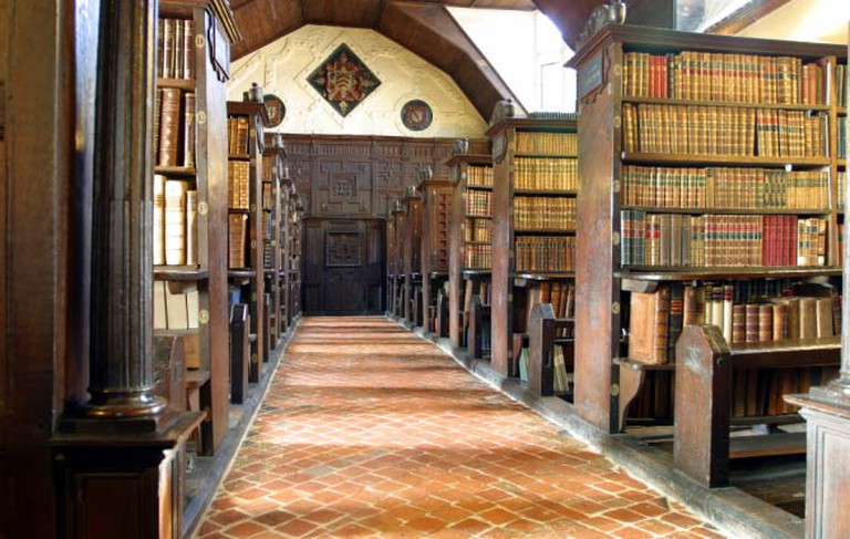 One Wing of the Merton College Library © Tom Murphy VII/Wikicommons