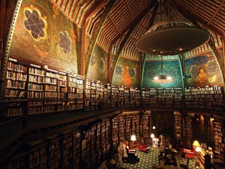 Interior of Oxford Union © The Oxford Union Library
