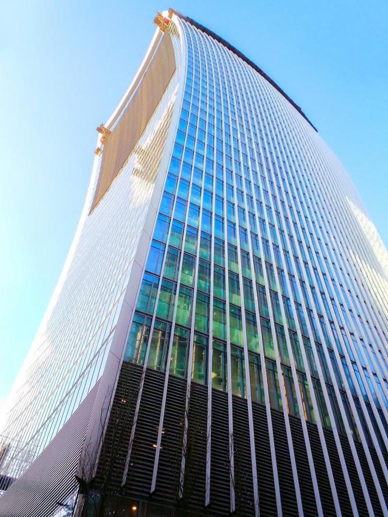 The Walkie-Talkie Building © Garry Knight/ Flickr