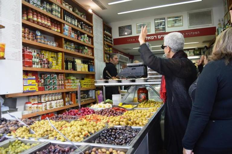Haim Rafael Deli, Levinsky Market