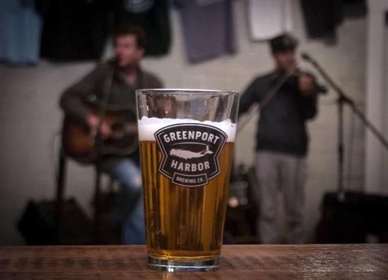 Music And Beer At Greenport Brewery | © Madison Fender