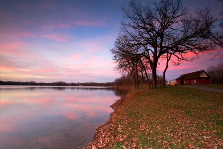 The countryside of Roseville, Minnesota | © Priya Saihgal/Flickr