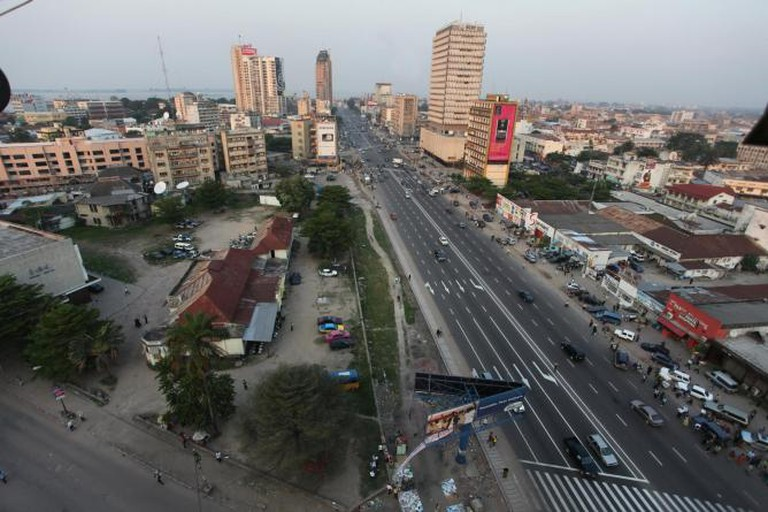 Boulevard du 30 Juin, Kinshasa © Russavia/Wikipedia