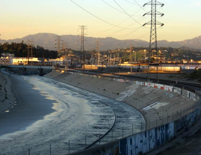 The Los Angeles River flowing in Downtown Los Angeles | Downtowngal