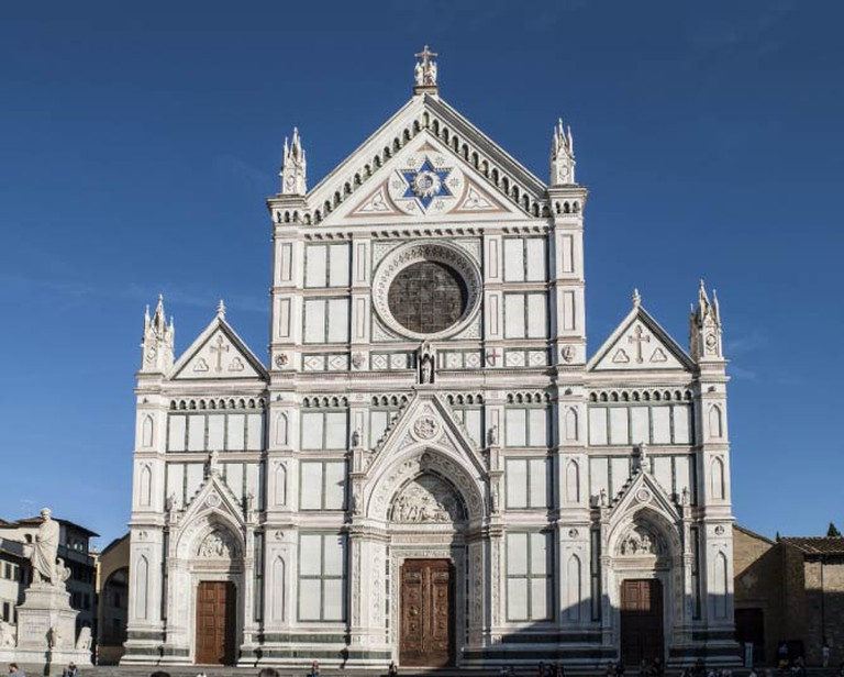 http://upload.wikimedia.org/wikipedia/commons/7/7a/Santa_Croce_(Florence)_-_Facade.jpg