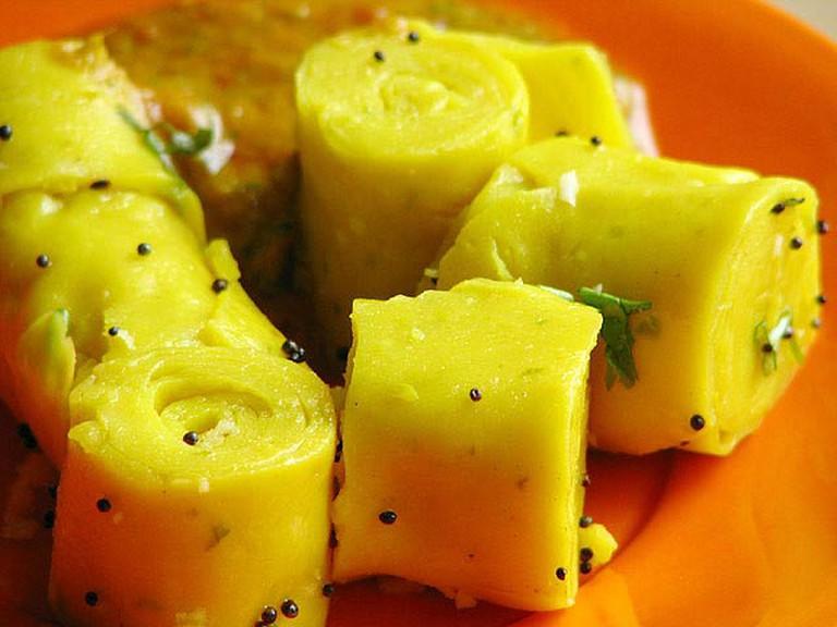 Khandvi, Gujarati snack