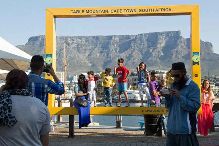 Table Mountain Yellow Frame | © WikiCommons
