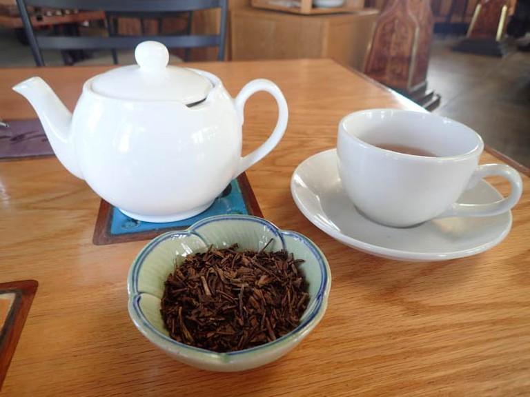 Organic Houjicha Green Tea | Lauren Ferrier