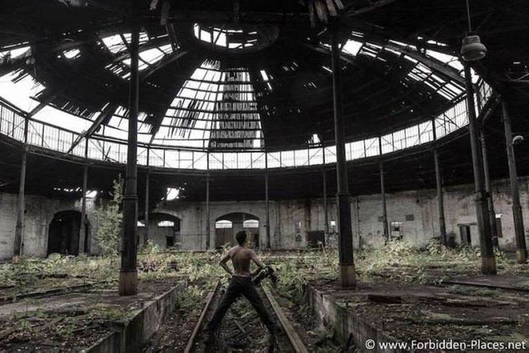A former roundhouse for the trains in Poland © Sylvain Margaine