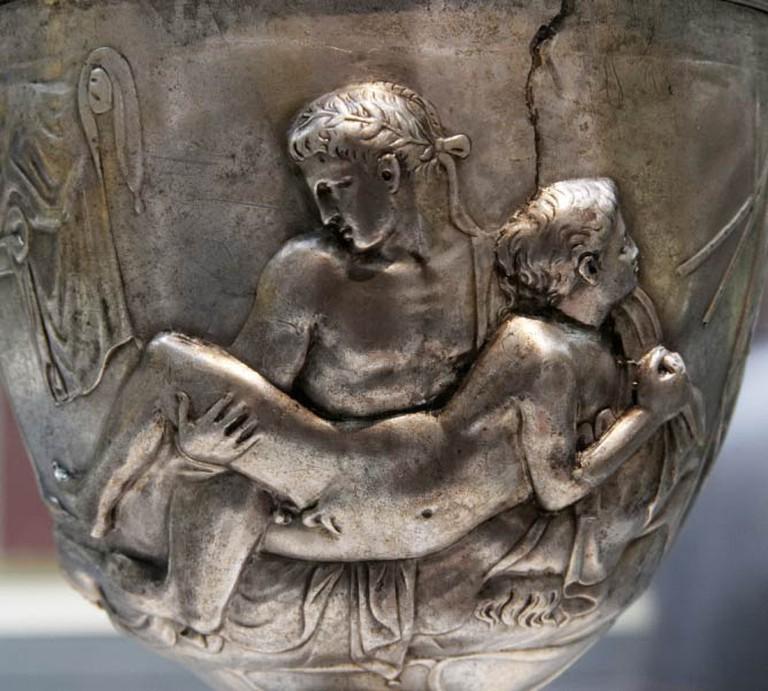 The Warren Cup, Silver, 4 1/2in x 4in x 4 1/2in, c. 5 - 15 AD   © Marie-Lan Nguyen/WikiCommons
