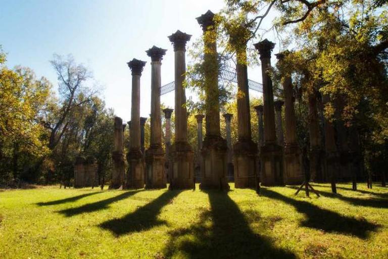 The Windsor Ruins, near Port Gibson, Mississippi | © Rob Shenk/Flickr