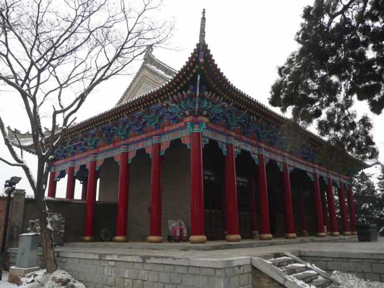 Xuanyuan Temple, Yan'an   © Dennis/Flickr