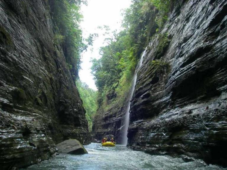 Navua River Creeks   © WikiCommons