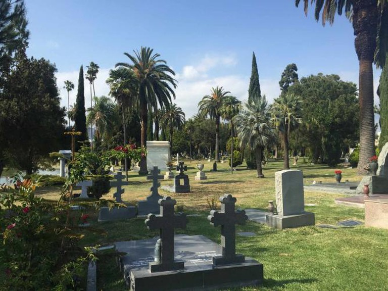 Hollywood Forever Cemetery | © Theresa Christine at Tremendous Times