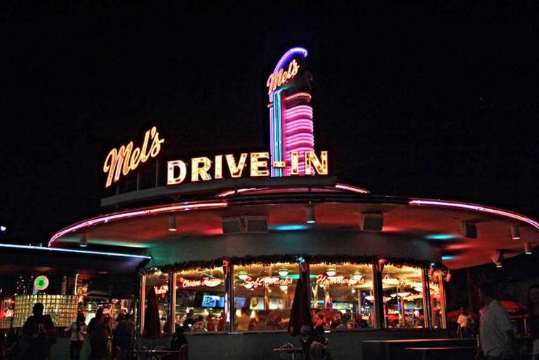 Mel's Drive-In  l  © theresaboardman/flickr