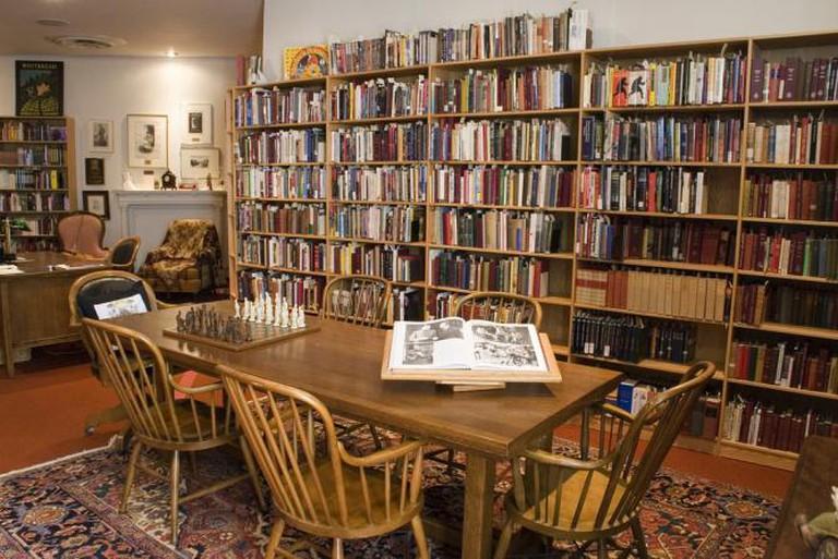 Arthur Conan Doyle Room, Toronto Reference Library | Ⓒ Special Collections Toronto Public Library/Flickr