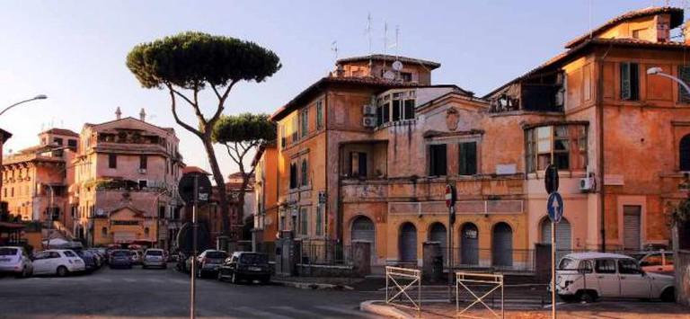Garbatella, Piazza Giovanni de Triora | © Bruno/Flickr