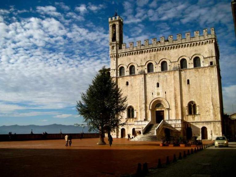 Palazzo dei Consoli, Gubbio | © Alex Barrow/Flickr