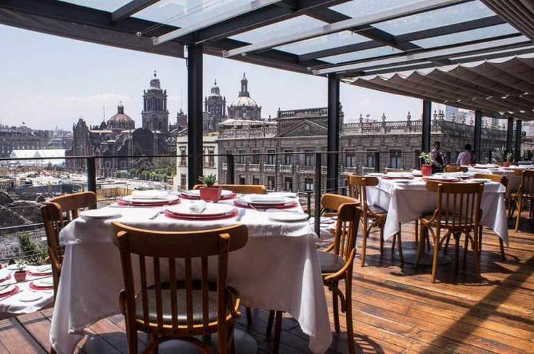El Mayor Restaurant | Courtesy of El Mayor
