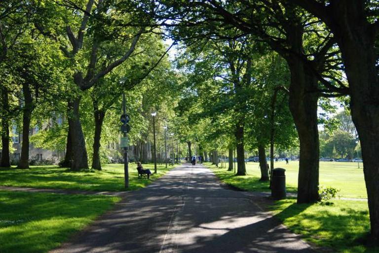 Path by Bruntsfield Links   © Benjamin Brock/WikiCommons
