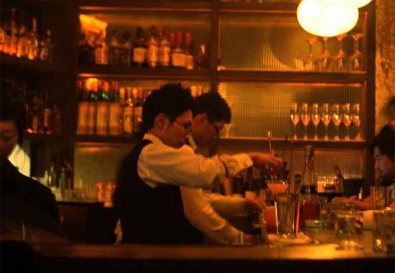 Bar tender at el Coctel
