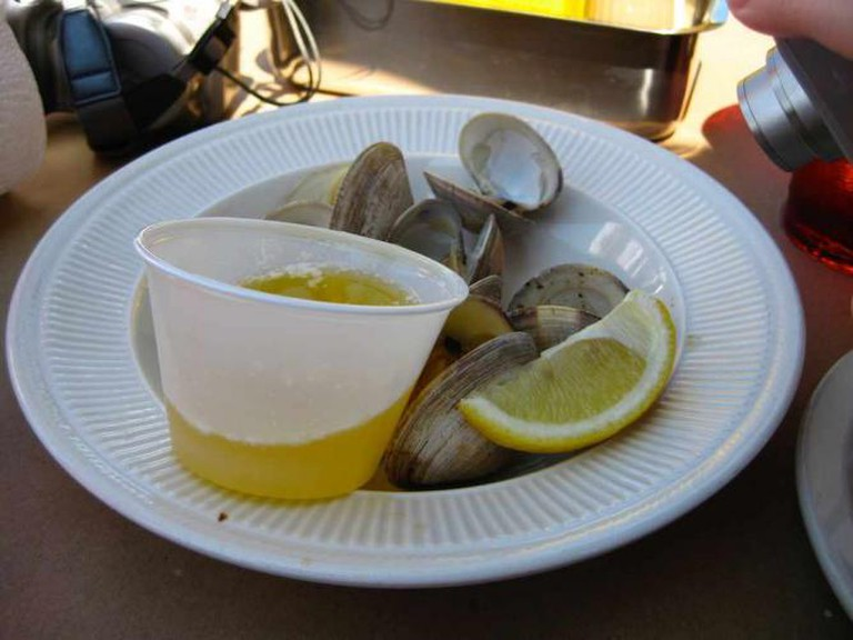 Steamed clams at The Blue Crab   © Rudi Riet/Flickr