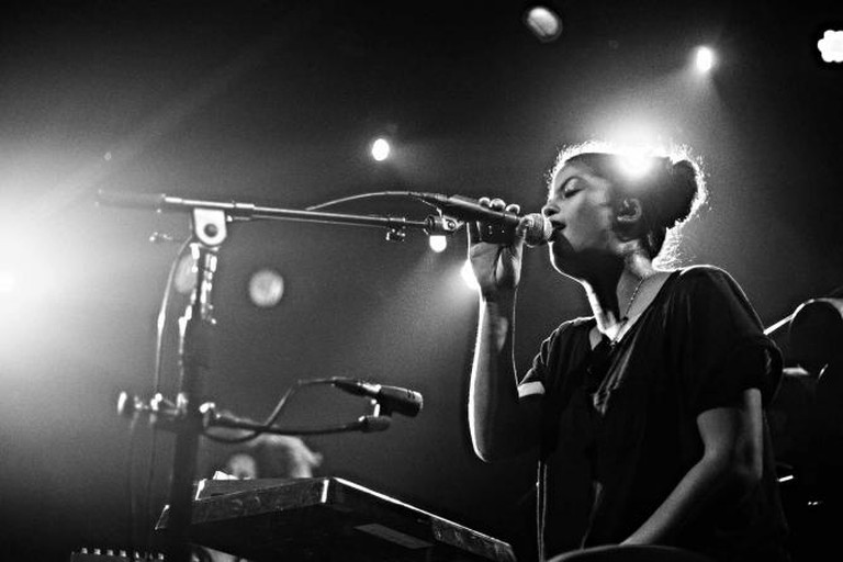 Act at The Independent  l  © Amir Aziz/flickr