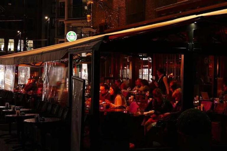 Restaurant at Grote Haalstraat © Hermann Luyken/WikiCommons