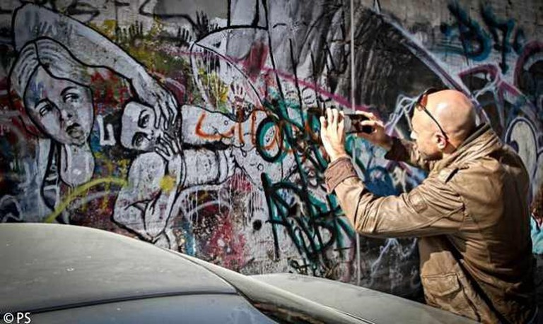 Tel Aviv White Night graffiti tour