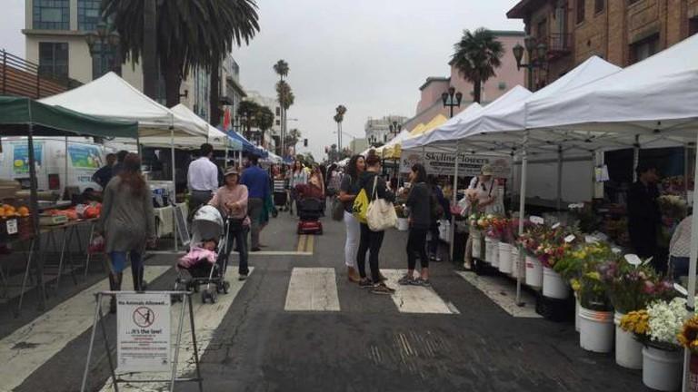 Santa Monica Farmers Market Ocean Breeze