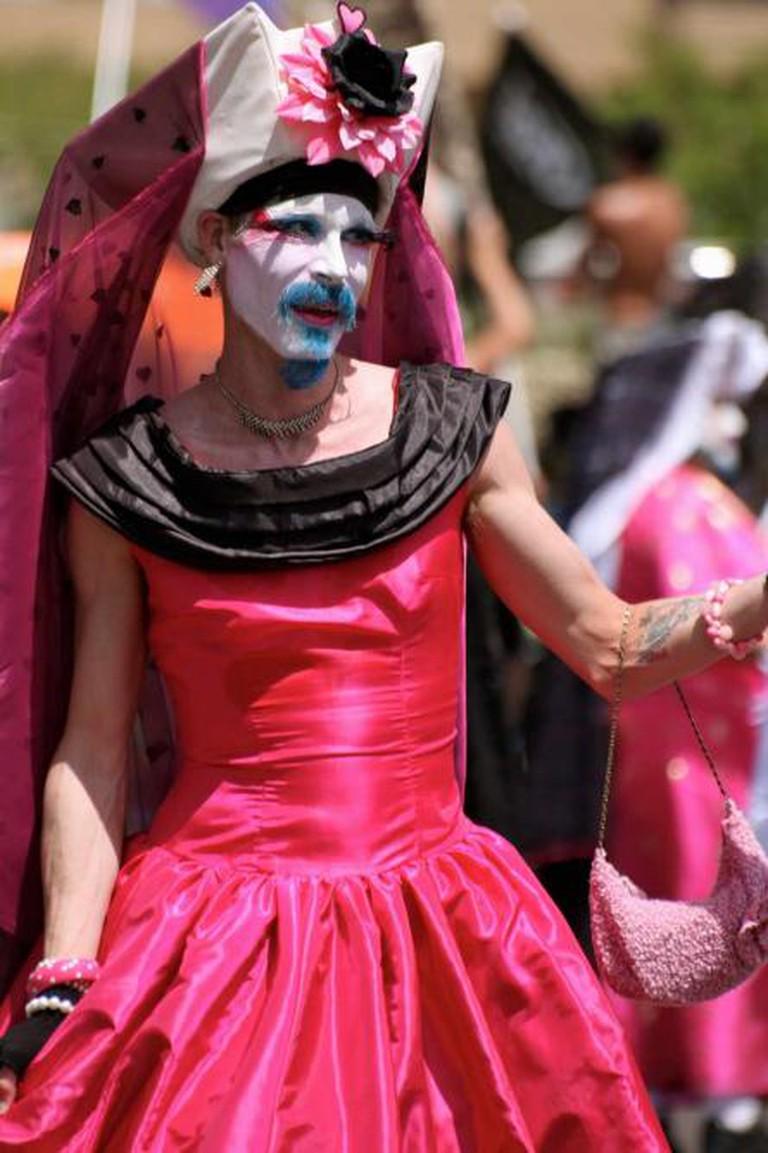 Sister at Phoenix Gay Pride Parade (2) | © Kevin Dooley/flickr