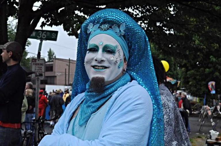 Sister at Fremont Solstice Parade | © Joe Mabel/flickr