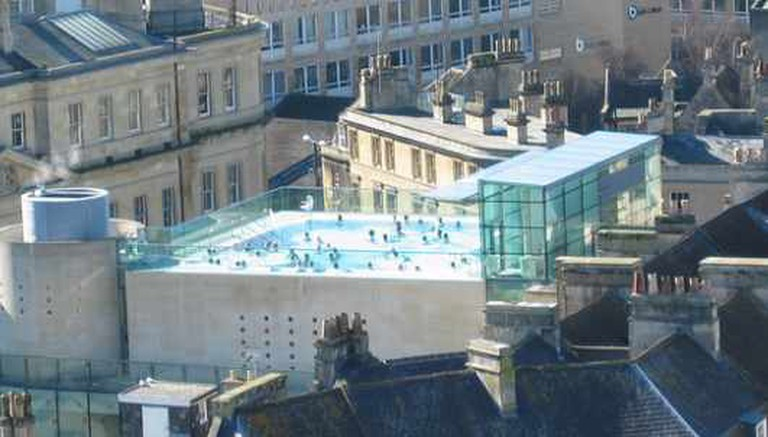 Thermae Bath Spa rooftop | © NH53/FlickR